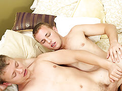 Ordinary men with their naked cocks out and men making each other cum in the shower - at Real Gay Couples!