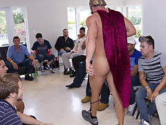 Wild gay group sex and yahoo gay bdsm groups at Sausage Party