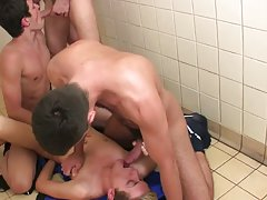 Gaysucking big cock clips mobile version and hairy armpits gay body builders images - Euro Boy XXX!