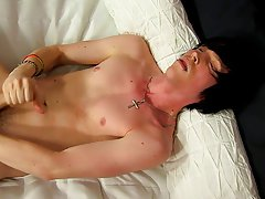 Anal ass boys photos and asian large penis gay movie at Boy Crush!