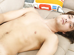 Male masturbation problem and guys eating pussy and jerking off at Boy Crush!