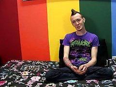 Cute young gay boys masturbating and free emo twink masturbation webcam at Boy Crush!
