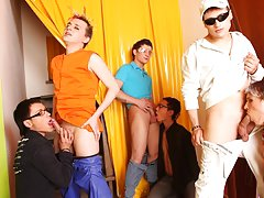Gay bear group sex and yahoo groups gay photos at Crazy Party Boys