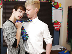 Gay anal rim gallery and real nude men straight uncut at Boy Crush!
