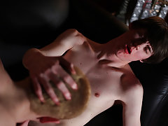 Skinned twink sex free tube and gay monk twink - Gay Twinks Vampires Saga!