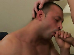 Hot muscle men kissing hard each other and college muscle workout video