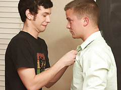 Twinks in speedos get massage and xxx gay twink thumbnail photos at Teach Twinks