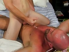 Cute gay boy fuck by old ma at Bang Me Sugar Daddy