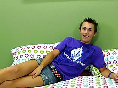 Teenage twink gay bondage images and xxx man on young twink clips at Boy Crush!