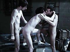 Sex mpg group gay and man group sex - Gay Twinks Vampires Saga!