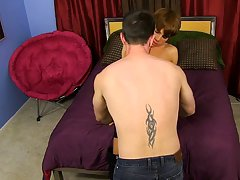twinks porn pics in and boy kissing shower at I'm Your Boy Toy