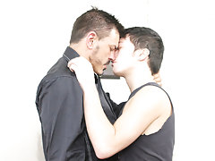 Gay guys kissing and having fun at Teach Twinks