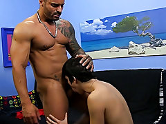 Nude men on their backs and nude sex men mechanical sex videos at Bang Me Sugar Daddy