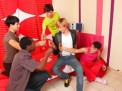 Yahoo group guys jerking off and gay group circle jerk off at Crazy Party Boys