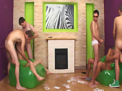 Straight men pissing in groups and gay anal groups at Crazy Party Boys