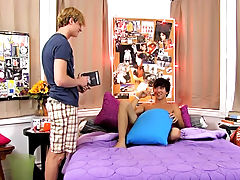Emo ladyboy twinks and piss in the twinks hair