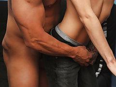 Gay hardcore blowjob thumbs and young muscular male pornstars at Bang Me Sugar Daddy
