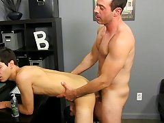 Boredom leads Scott Alexander to hit on his dad's hot coworker, Mike Manchester, who's all likewise willing to entertain him gay anal sexy a