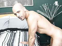 Large hairy dicks ejaculating sperm videos and nude picture of man with largest hairy dick at My Husband Is Gay