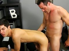 Boredom leads Scott Alexander to hit on his dad's hawt coworker, Mike Manchester, who's all likewise willing to entertain him anal bead male