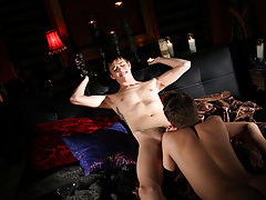 Handcuffed twink pubes shaved and old hairy bear young ass twink sex pics - Gay Twinks Vampires Saga!