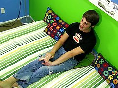 Masturbation demonstration pics and young russian teen boys twinks long movies at Boy Crush!