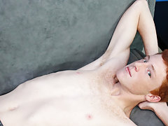 Free gay porn videos of muscle men fucking twinks and twink models vintage at Boy Crush!