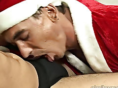 He helps bring it to life by bobbing his head up and down his shaft, and then position up his wrinkled asshole for a deep fucking complete with a shot