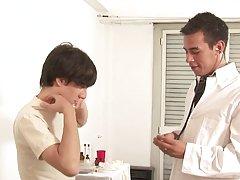 Doctor fuck Julian very well free gay facial movie twin at Julian 18