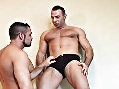 Well in the case of muscle gods, Antonio Cavalli and Marco Salqueiro, they don't waste their valuable vacation time with site seeing nude muscled
