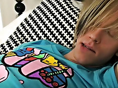 Kia Reynolds - super EMO boy boy dick hairat Homo EMO!