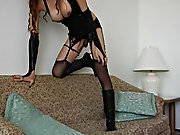 Siting and keep jerking on young lady :) tranny boys caugh